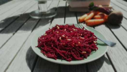 Beetroot and apple salad Recipe