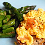 scrambled eggs smoked salmon asparagus
