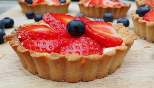 Gluten-free strawberry tartlets recipe